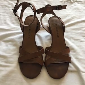 Lucky Brand, brown leather strap small heals